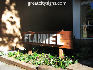 123Fabricated Steel_and_Railway_Sleeper_Rustic_Sign